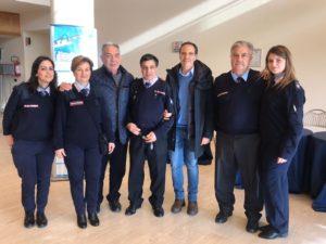 Il gruppo di volontari con il Brig. Iuliano e il dott. Raiola